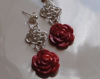 Coral roses chainmaille earrings (#1)
