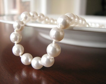 Hand-Knotted Pearl Necklace