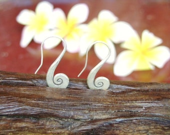 Thai Spiral Silver Earrings - The Spiral Shell (5)