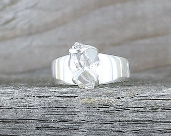 Silver ring with Herkimer Diamond. Size 6 . Raw stone ring. Gemstone rings. Herkimer crystal ring. Raw crystal ring. Boho raw stone ring.
