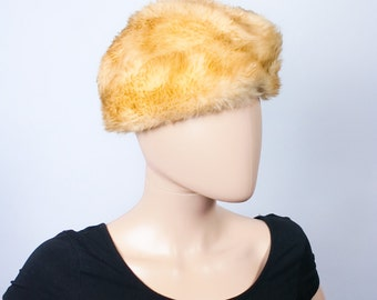 Vintage 60s Lamb Fur Hat / 1960s Golden Blonde Hat / Mod Hat / Winter Hat