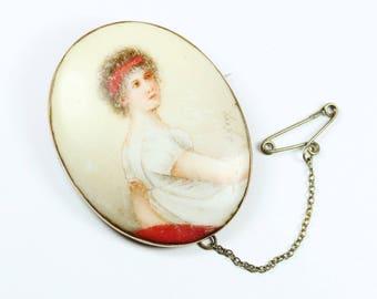 Vintage Victorian Style (1837-1901) Original Levinson 9ct Yellow Gold Porcelian Miniature Brooch