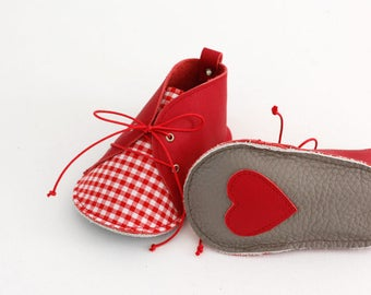 STRAWBERRY modern baby shoes in genuine soft leather and cotton