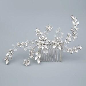 Wedding hair piece Bridal comb Wedding comb Wedding hair accessories Bridal hair Pearl hair comb Rhinestone comb crystals  Bridesmaids comb
