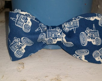 Adult Tractor Bow Tie