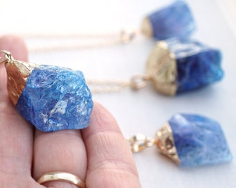 Inspirational Custom Big Raw Crystal Necklace Rough Tanzanite Blue Gemstone Necklace Gold Chain Raw Stone Necklace Stone Pendant Womens Gift