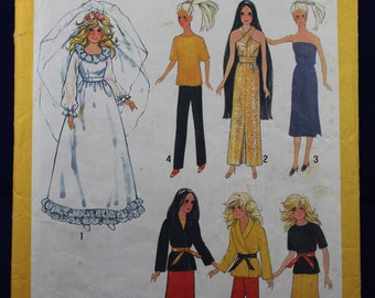 Doll's Clothing Sewing Pattern - Simplicity 9194