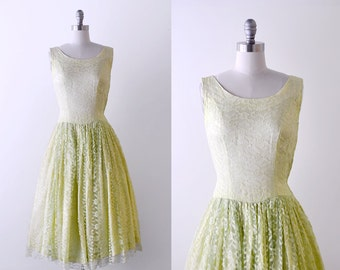 50's green lace dress. xs. 1950 full dress. lime. chartreuse. floral lace. AS-IS