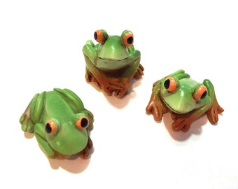 Frogs Miniatures Fairy Garden Supply Set of 3 Dollhouse Miniatures Resin - 550 B
