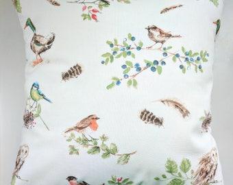 "Cushion Cover in Laura Ashley British Garden Birds 16"""