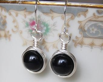 Black Earrings , Bridesmaid Earrings , Silver Drop Earrings , Onyx Earrings