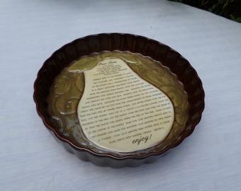 Grassland Roads Ceramic Pear Baking Dish-Cook/Bake/Kitchen/Recipe-Fluted/Tarte/Torte Pan