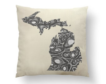"16"" Grayscale Michigan Pillow w/ Insert, holiday Throw Pillow, State Art, Michigan Gift, Michigan Holiday Gift, Map Pillow, Throw Pillow"