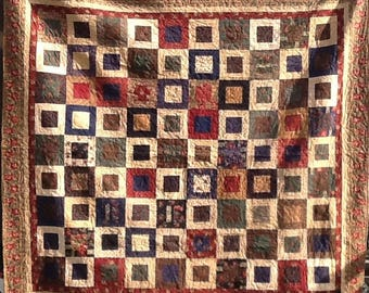 Traditional Southern Floral square in a square quilt