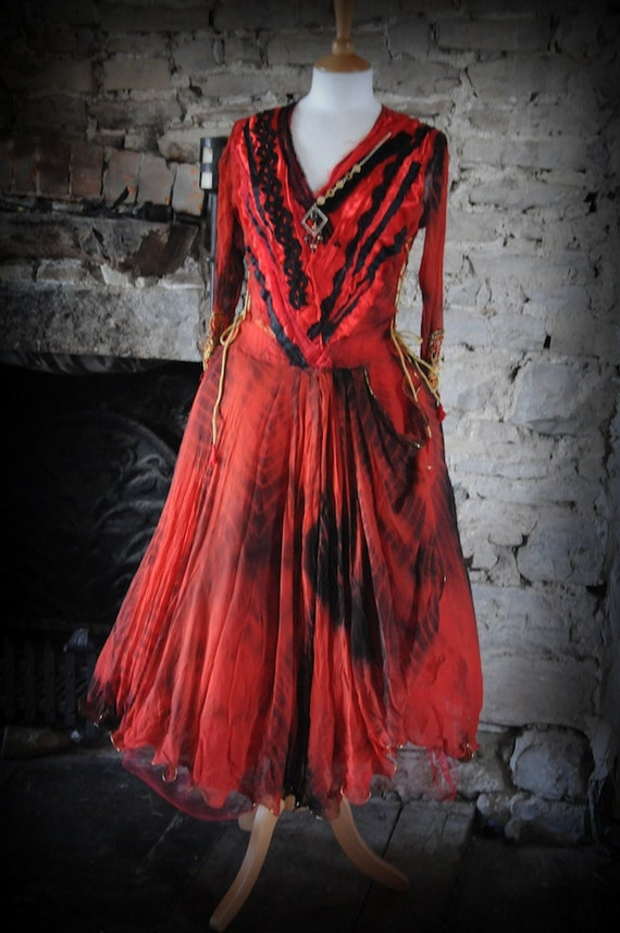 Gothic ball gown prom dress red & black fairy gypsy pirate