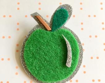 Apple brooch - fruit brooch