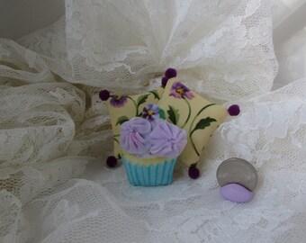 Dollhouse Miniature OoaK Cottage Chic not shabby Cupcake pillows set