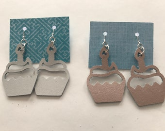 Stylish Leather Earrings - Sterling Silver - Cupcake - Birthday