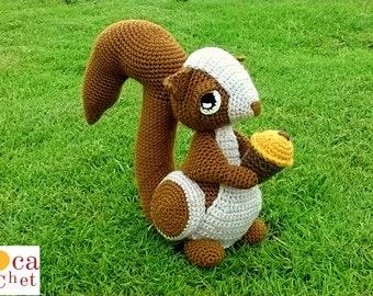Pattern Squirrel amigurumi. By Caloca Crochet.