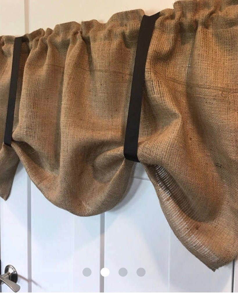 Butlap Tie up valance with black tie ups