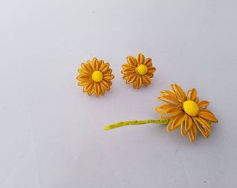 Orange Yellow Metal Daisy Brooch & Earrings