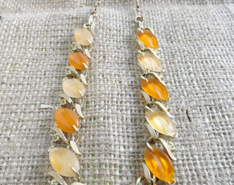 Vintage Star Jewelry Co. Peach and Apricot Lucite Leaf and Yellow Rhinestone Goldtone Necklace and Bracelet Set