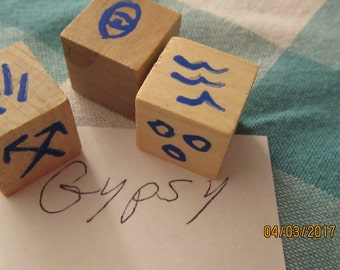 Gypsy Rune Dice Divination