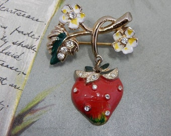 1940s Vintage CORO Red Enamel Strawberry Dangle Miniature Brooch   PAK22