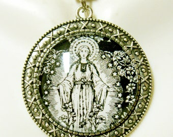 Immaculate conception pendant and chain - AP26-042