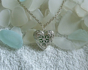 Sea glass necklace. Green filigree beach glass heart locket necklace. Sea glass jewelry.