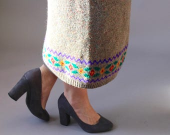 Vintage Patterned Long Wool Skirt