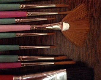 vintage grumbacher keepsake artist paintbrushes, new old stock. from the 70s and 80s. natural fibers
