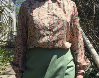 Vintage Floral Button Up with Rounded Collar