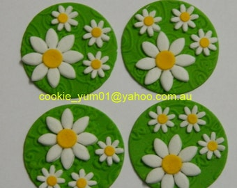 12 edible DAISY FLOWER TEXTURED disc icing cake decorations cupcake topper decoration party wedding anniversary birthday engagement