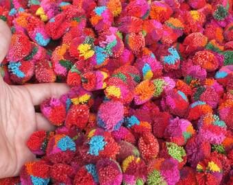 """200 Yarn Pom Poms  - 20mm- 1"""" inch, beads, balls,flower, cotton, handmade, mobile,Crochet, pompoms"""