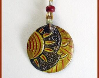 Colgante sol y luna, colgante hippie sol y luna, colgante boho sol y luna, collar hecho a mano, colgante regalo hermana, colgante pintado.