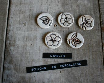 set of 5 small buttons porcelain ref 001