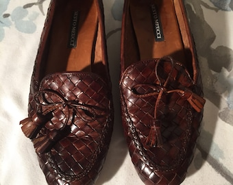 Sesrp Meucci women's Slip on leather loafers size 8 M