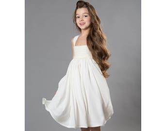 Ivory flower girl dress, Birthday Dress, Pricess Dress, Wedding Dress, Toddler Dress, Girls Dresses, Girls Party Dress,