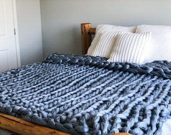 Handmade Vegan Merino Wool Chunky Knit Blanket - Queen