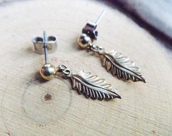 Gold Leaf Vintage Earrings, Vintage Leaf Stud Earrings, Nature Jewelry
