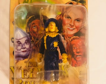 The Yellow Brick Road collectible mgm scarecrow figurine from the wizard of oz, 2005 new in box