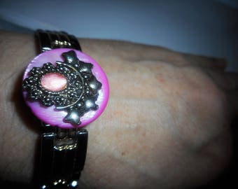 Pink shell and pink cats eye bracelet