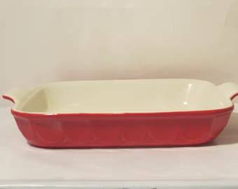 Vintage Large Baking Dish.Beautiful  Red Color.