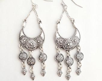 Tribal Earrings,Silver Tribal Earrings,Boho Earrings,Boho Dangle Earrings,Gypsy Earring,Aztec Earring,Tibetan Earring,Silver Tibetan Earring