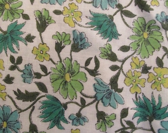 Vintage floral cotton 1 yard x 35 inches more available SALE