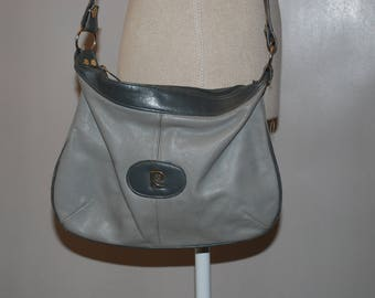 Bag Pierre Cardin Vintage Grey leather-clear signs of wear in some places