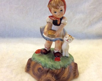 Young girl with cat kitty kitten music box, plays Make Someone Happy. On off switch. Free ship to US