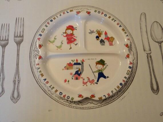 & Trio of Shin-San Melamine Children\u0027s Divided Plates from