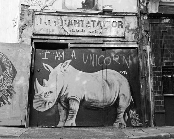 London photography black and white photo graffiti street